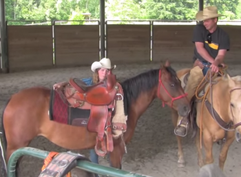 Saddling A Horse For The First Time – Part 2