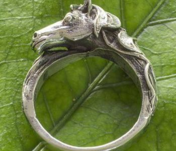 Horse-Themed Gifts to Support Artisans Worldwide