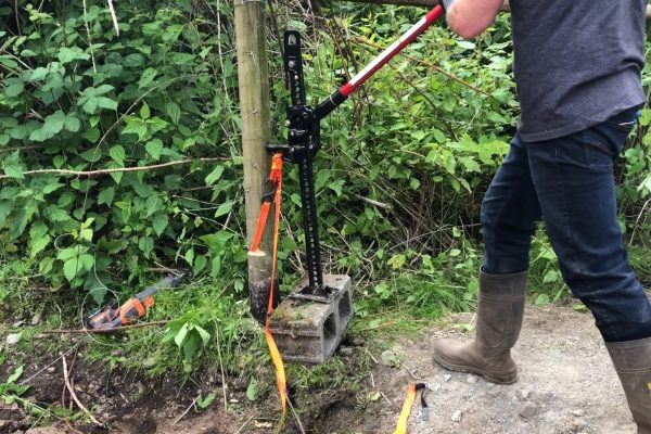 How To Remove an Old Post using a Farm Jack